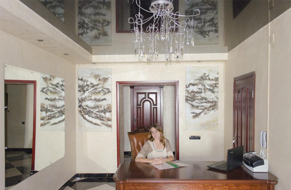 Ресепшен, администратор, гостиница «ЕЛЕНА»